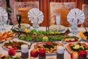 تنوع غذایی یکی دلایل انتخاب تالار مجالس در تهران