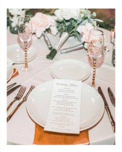 منوی یک تالار برای ارائه شام عروسی