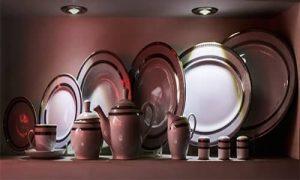 هر مجلسی به ظروفی خاص با طرح و رنگی متناسب همان فضا احتیاج دارد.